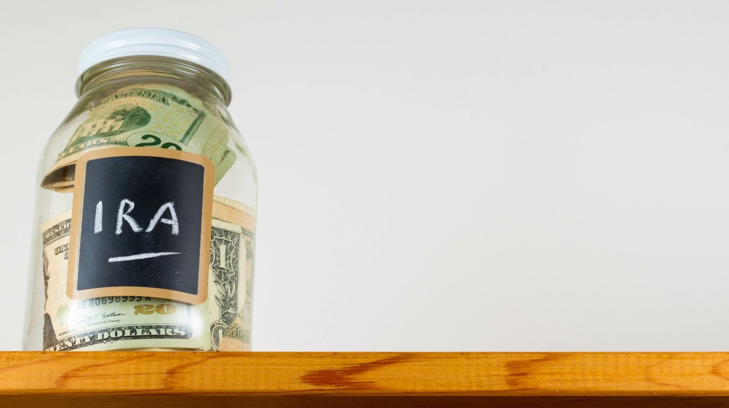 Featured | jar of money for IRA | Simple IRA Rules | Everything You Need To Know | simple ira rules 2018