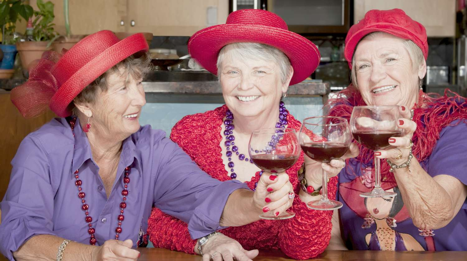 Featured   women wearing red hat   Reasons Why The Red Hat Society Is Worth Joining   What is the Red Hat Society all about