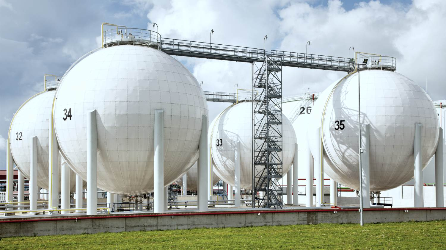 Featured | oil storage | Investing in Natural Gas Stocks Inside Your IRA | buying natural gas stocks