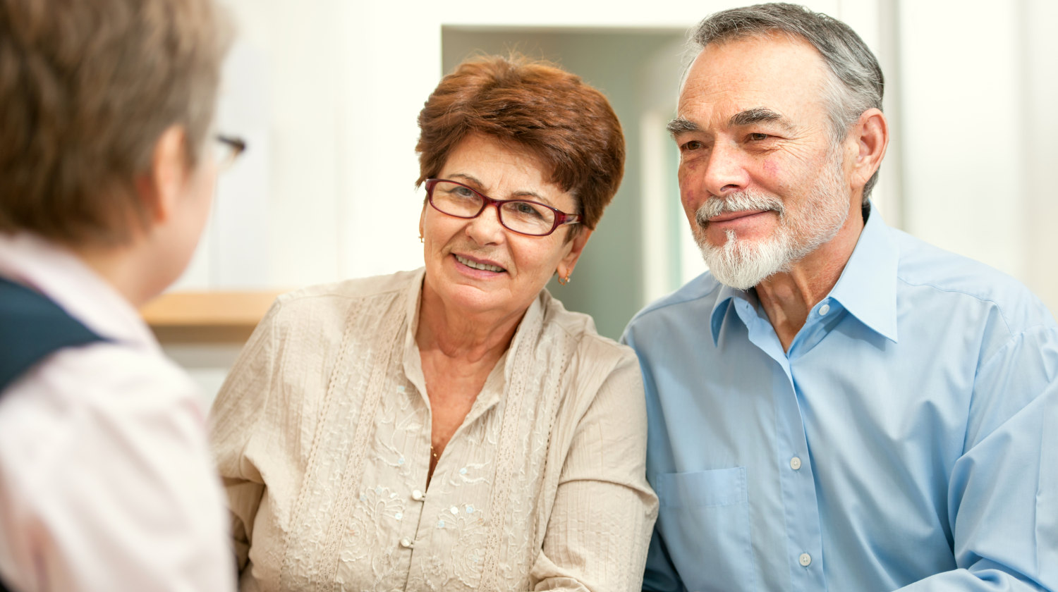 Featured | Senior couple discussing financial plan with consultant | Roth IRA Tax Deductions, Issues And Withdrawal | Inside Your IRA | Roth IRA Tax Deduction